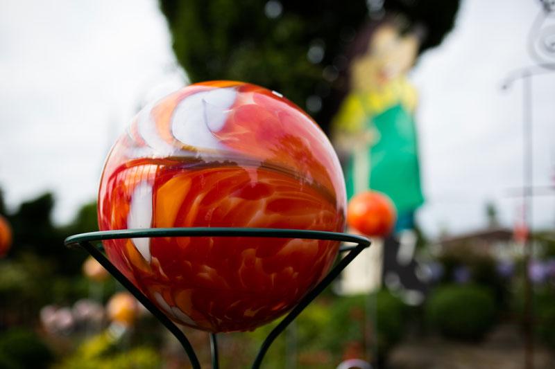 Baumschulen-Busch-Glaskugeln-Rot