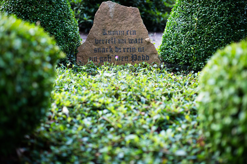 Baumschulen-Busch-Grab